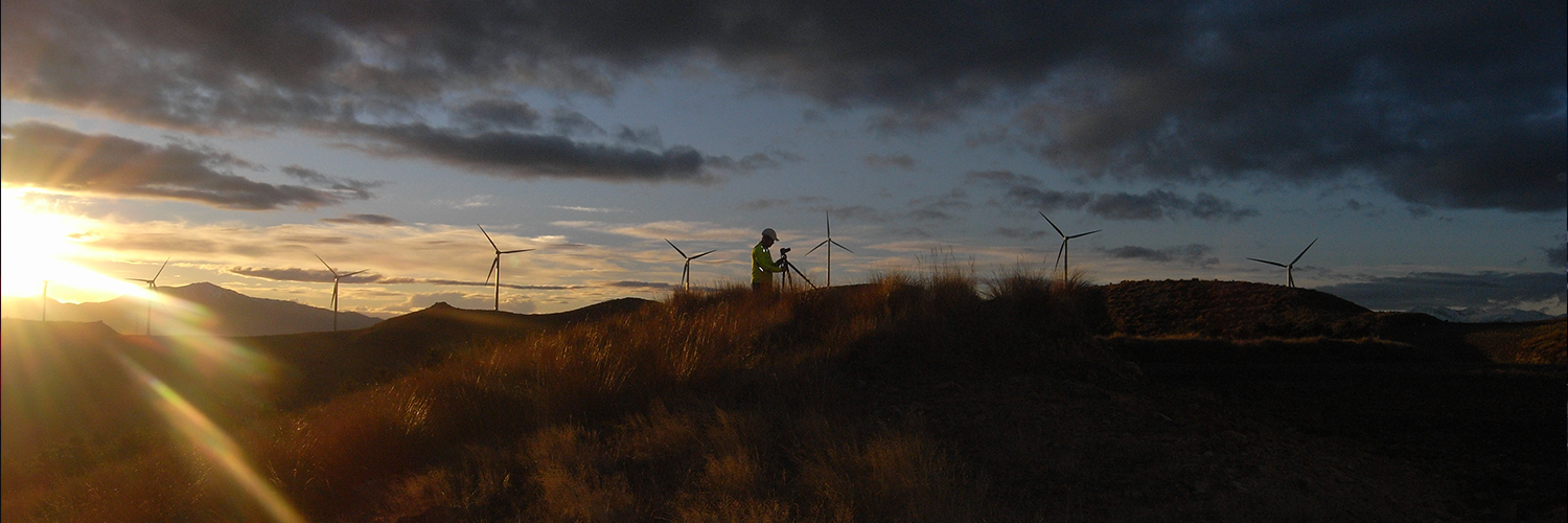 Cover image: Fulbright Scholar James Hamilton inspects a wind turbine at dawn, Tasmania.